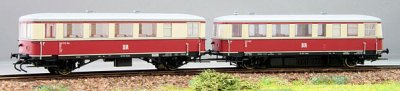 Kres 2-teiliger  Triebwagenzug  VT 135+VB 140, Epoche III  DR, TT analog