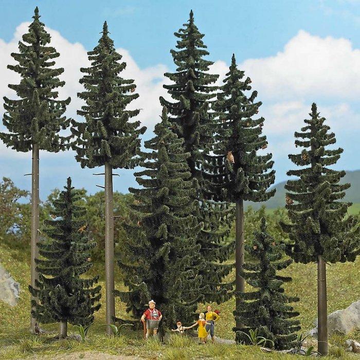 Busch Fichtenwald aus 8 St. Fichten, H0