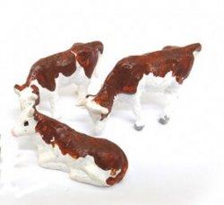 3 Kühe Fertigmodell Nenngröße H0 (1:87)
