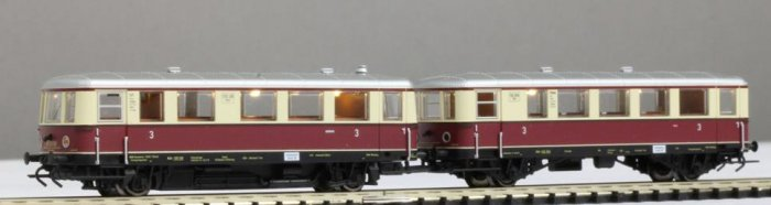KRES N13514003D Einheits-Nebenbahntriebwagenzug  VT 135 und Beiwagen VB 140, DRG Epoche II, DC-digital Spur N