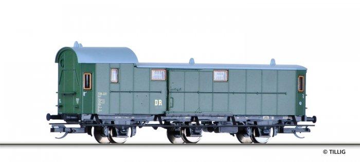 Tillig 13412 - dreiachsiger Packwagen, DR, Epoche III, Spur TT